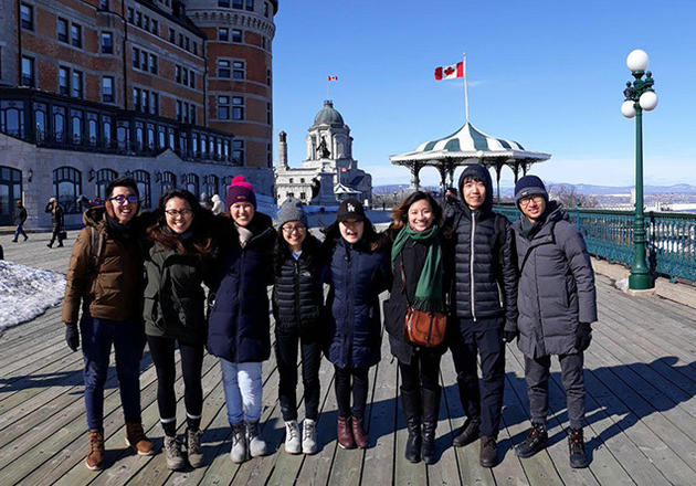 Yejin Park (fifth from left) visiting Montreal, Canada during the second week of Spring Break. She was on a roadtrip with seven other Yale-NUS students.