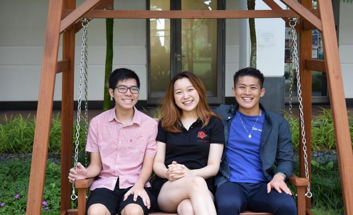 Yale in SG Swing